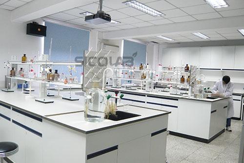 高中学校实验室